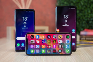 Galaxy S9 vs Apple iPhone X